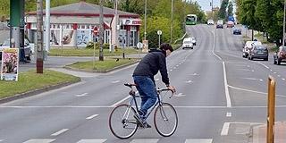 Több mint háromszázmillióból épül új kerékpárút a nyugati városrészben