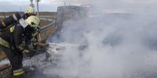 Több tűzesetet is pirotechnikai eszközök okoztak