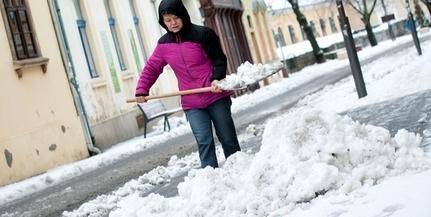 Havazás: áramkimaradások a megyében, korlátozások a pécsi buszforgalomban