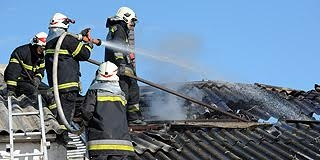 Majd' 400 alkalommal kellett beavatkozni a tűzoltóknak