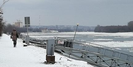 Enyhült a fagy, szombat délutántól ismét jár a komphajó Mohácsnál
