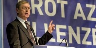 Még két évig Gyurcsány marad a DK elnöke