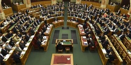 Monetáris tanácsi tagokat választott a parlament