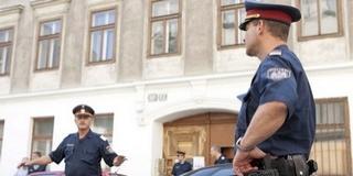 Felkészültek: rendőrök őrzik a húsvéti vásárokat Bécsben