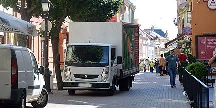 Kitiltják a teherautókat a Király utcából - Valódi sétálóutca lehet a belváros központja