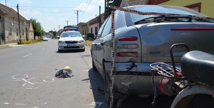 Két gépkocsi ütközött össze egy kereszteződésben