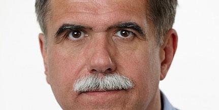 Kitüntették Biró Zsoltot, a PTE szemészprofesszorát