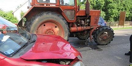 Traktorral karambolozott egy autó Szigetváron