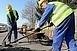 Gázvezetékeket cserél a szolgáltató, több utcát is teljes szélességben lezárnak
