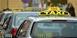 Annyit kérnek a pécsi taxisok az utasoktól, amennyit éppen nem szégyellnek