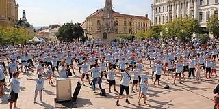 Összefogtak a jó ügyért, sokan futottak szombaton a belvárosban a rákgyógyításért