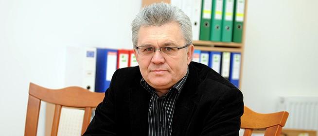 Márta István már nem kulturális főtanácsadó Pécsen, felbontották a szerződését