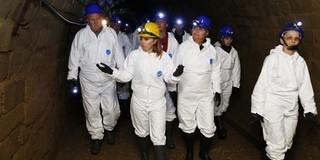 Kuriózumnak számító barlangi túrán vehettek részt pécsiek a TETTYE FORRÁSHÁZ jóvoltából