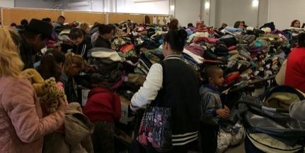 Rengeteg ruha gyűlt össze a PVH jóvoltából