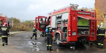 Felrobbant egy gázpalack a keszüi tűzben